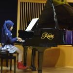 Membangun Karakter Lewat Latihan Piano